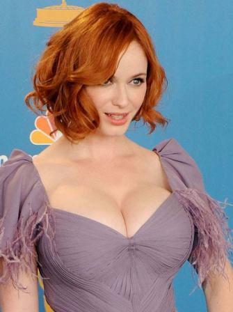 Christina-Hendricks-Boobs-4