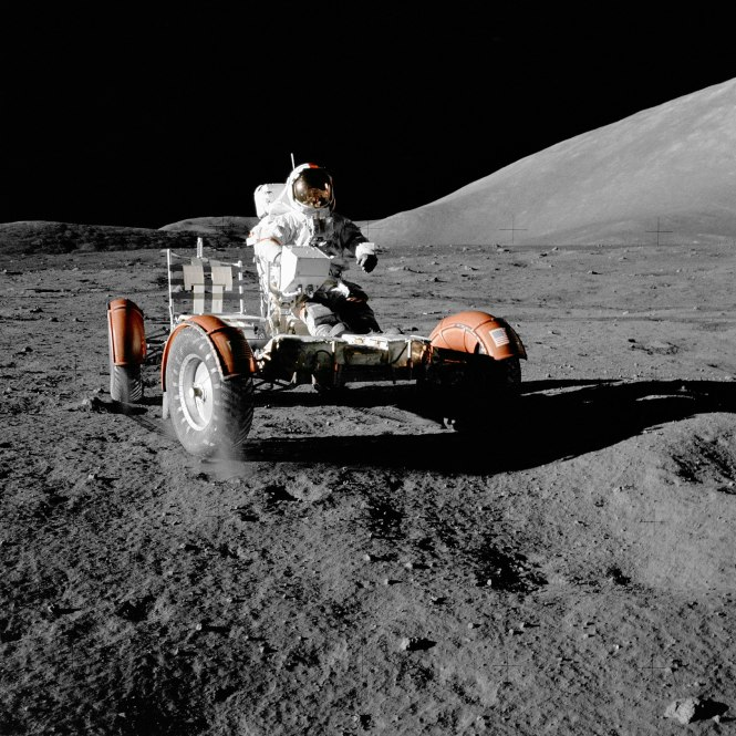 1920px-NASA_Apollo_17_Lunar_Roving_Vehicle