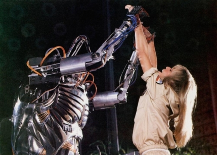 saturn-robot