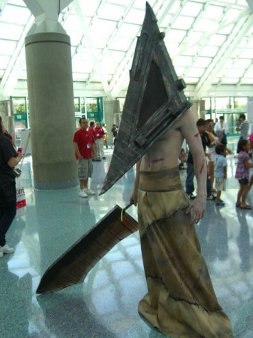pyramid_head_cosplay_by_happydust